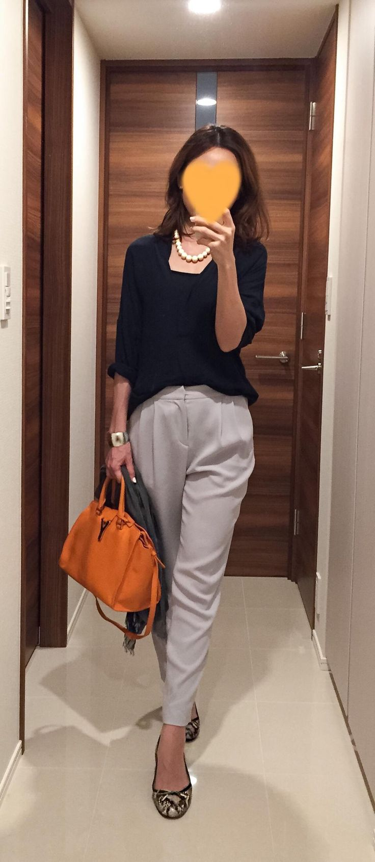 Navy shirt: ZARA, Grey pants: Des Pres, Orange bag: Saint Laurent, Flats: Fabio Rusconi