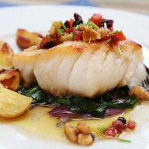 Pannestekt torsk med valnøttvinaigrette