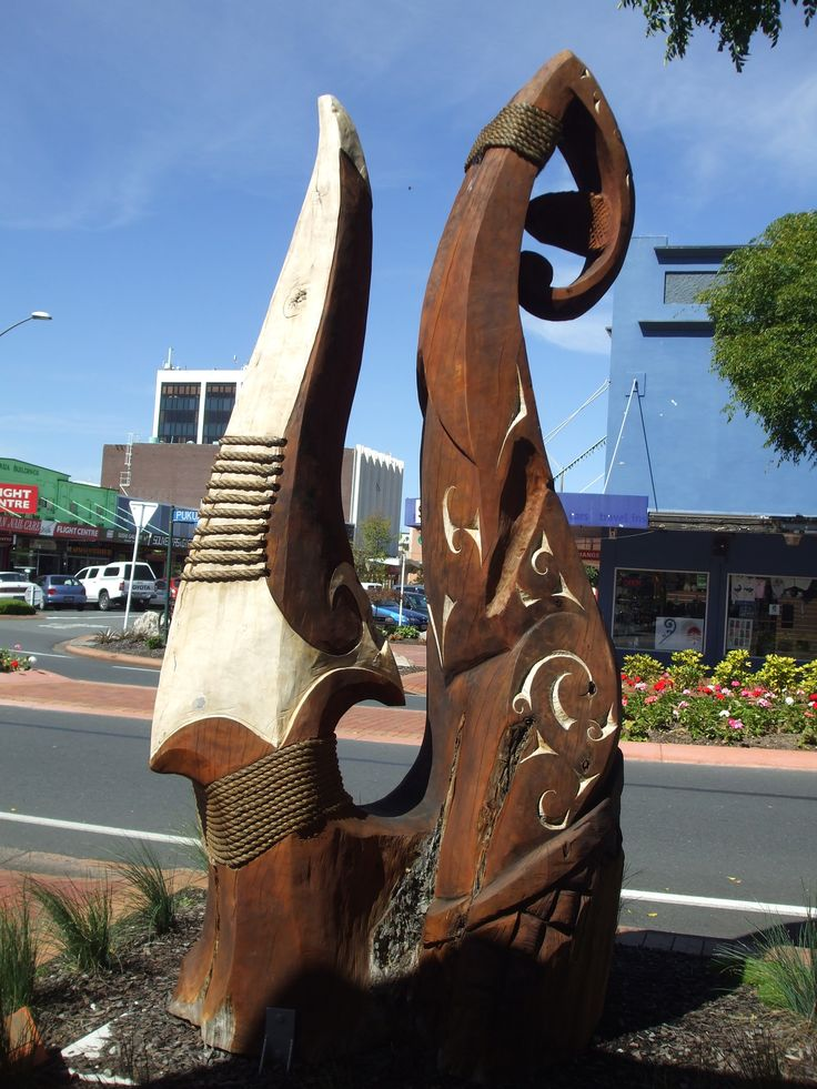This sculpture was carved by Joe Kemp and loaned to the Living Sculpture Trail, carved out of Macrocarpa. See it on the cnr of Tutanekai & Pukuatua Streets