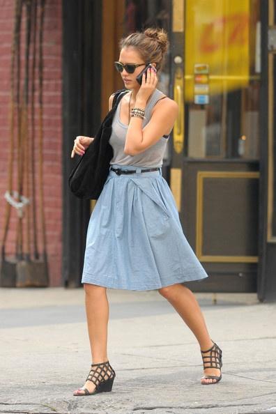 High waisted/ A line skirt