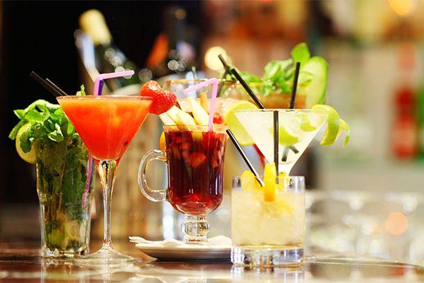 10 questions pour tester vos connaissances en cocktails - http://www.1001cocktails.com/magazine/1010927/10-questions-pour-tester-vos-connaissances-en-cocktails.html