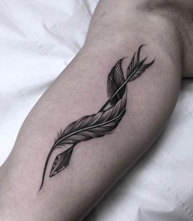 Arrow & Feather Tattoo by Micky Fizzy   tatuajes | Spanish tatuajes  |tatuajes para mujeres | tatuajes para hombres  | diseños de tatuajes http://amzn.to/28PQlav