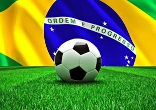 Dünya Kupası'nda canlı skor, futbolcular, goller, takımlar ve gruplar hakkında bilgileri ve en son haber başlıklarını almak için indirebileceğiniz bu ücretsiz uygulama elinizin altında bulunsun.