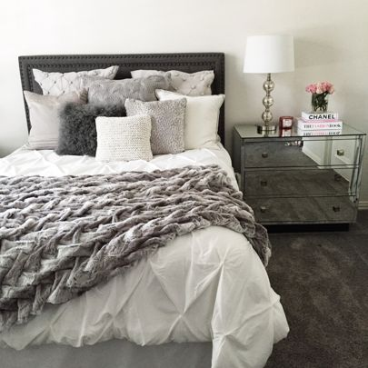 White Comforter With Gray Textured Throw