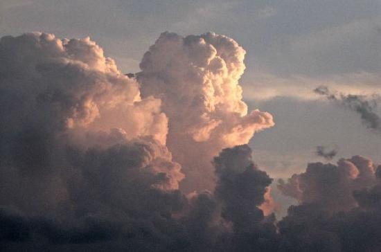JSPuzzles - puzzles en línea - Storm clouds