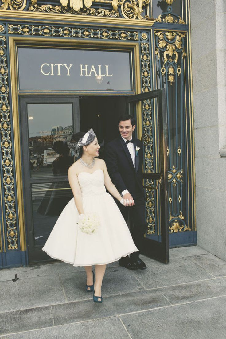 Photography : http://weddingsbyangi.tumblr.com/ | City hall weddig gown - retro wedding dress | itakeyou.co.uk: