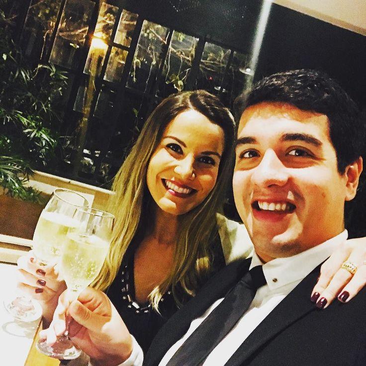 um brinde aos nossos 7 meses juntos! Um brinde à essa mulher incrível!!! Te amo incondicionalmente todos os dias minha princesa #marianaminhavidaévc #gostatatagosta #esposaperfeita #bodasdepurpurina