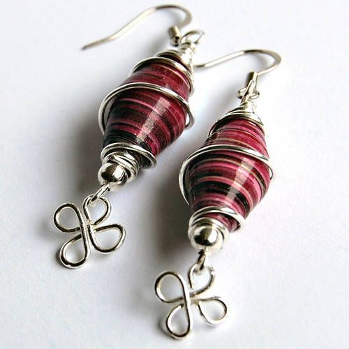 Wire wrapped paper bead earrings. I love how shiny the beads are! I need to try making paper beads again.