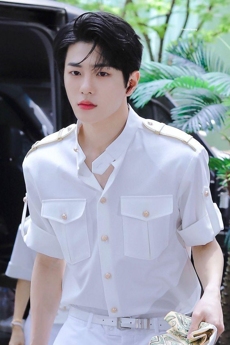 Yn As Kpop Idol Golden Child Handsome Korean Actors Korean Actors