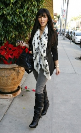 the great Alexander McQueen's famous skull scarf on Kim Kardashian