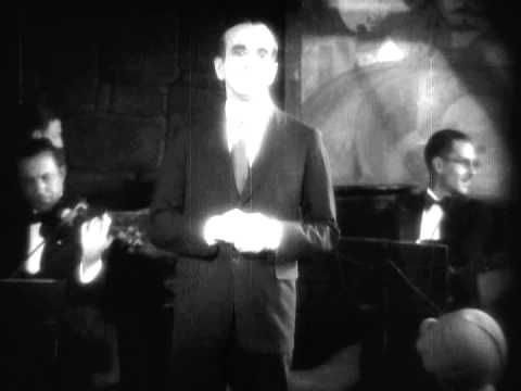 "Al Jolson sings in the 1st-ever Talkie ""The Jazz Singer"" .mpg - YouTube"