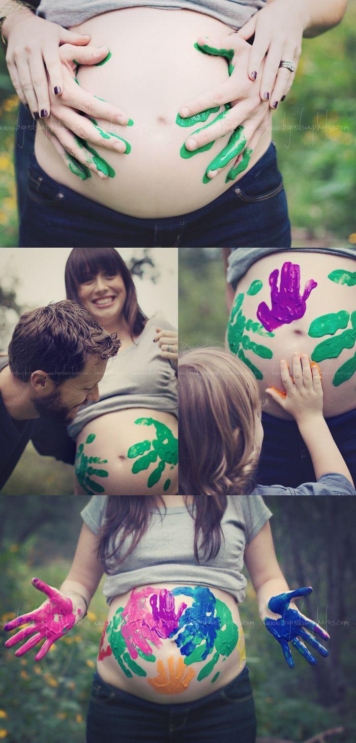 Hay un montón de cosas divertidas que puedes dibujar en tu barriga.  http://elrincondelosdormilones.com/consejos-para-hacer-tus-fotos-de-embarazada/