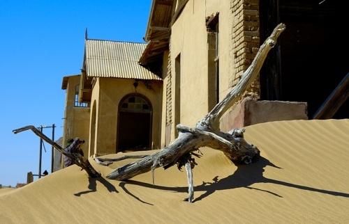 Kolmanskop, Luderitz, Namibia  By Sumarie