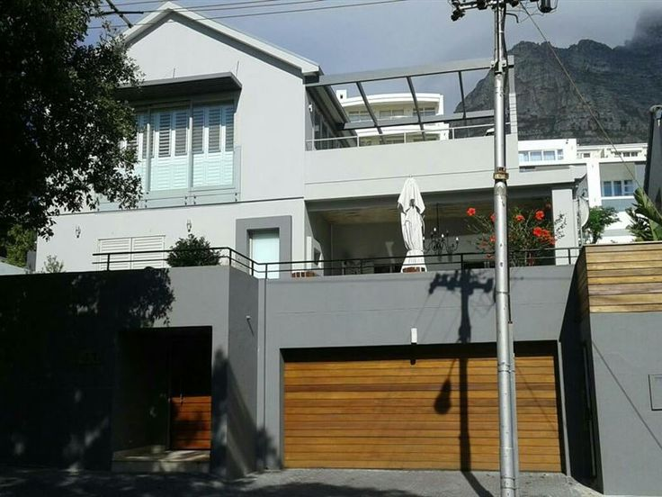 Camps Bay Apartment - This modern apartment is located in the upmarket suburb of Camps Bay in Cape Town and boasts great views. The apartment is situated a mere 400 meters from Camps Bay Beach and 2.8 kilometres from Table ... #weekendgetaways #campsbay #southafrica