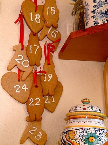 Norwegian Pepperkaker Advent Calendar Great calendar to mark the days between St. Lucy Day and Christmas!