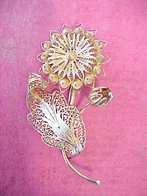 Beautiful and Intricate Vintage Silver Filigree Flower Brooch