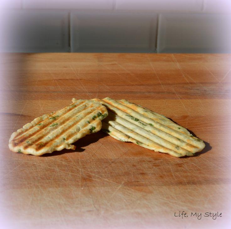 Een snel recept voor naan, met slechts vier ingrediënten.