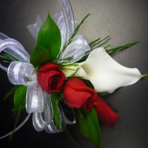 Prom Corsages And Boutonnieres | White Calla Lily with Mini Red Roses Prom Corsage [PROM185] - $29.99 ...