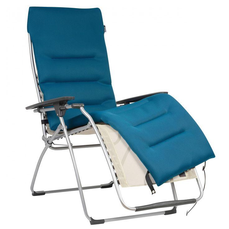 chaise Lafuma. Très facile à installer et retirer grâce ses sangles élastiques.171 x 49,5 x 4,5 cm.
