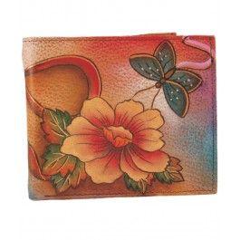 Strecoara-i iubitei in ghetutele lustruite un cadou pentru femei de Sf. Nicolae chic, un portofel clasic din piele, Anuschka