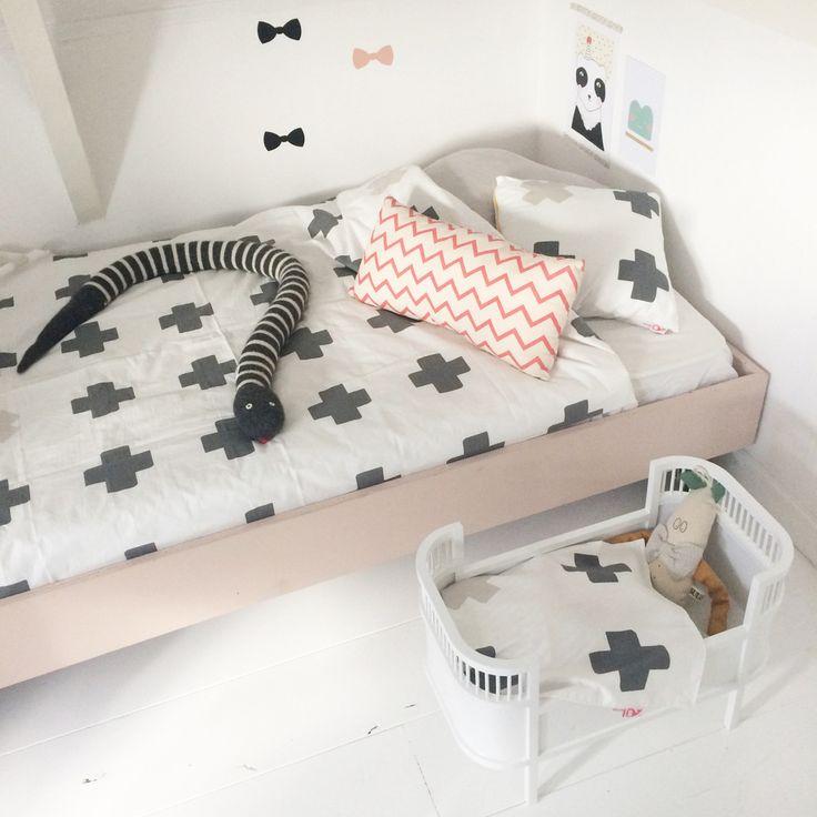Bibelotte Cross (Plus) in Charcoal Dolls / Teddy Cot Blanket   room to decorate   scandinavian and vintage designed homewares - online shop