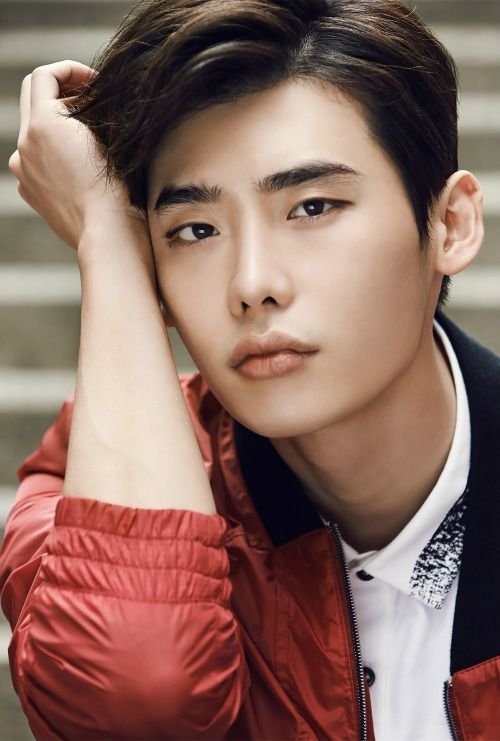 12 Korean actors with electrifying eyebrows