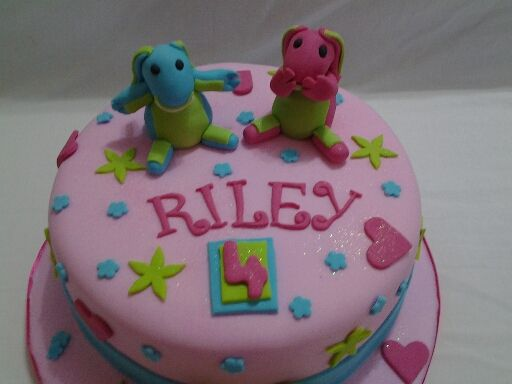 Lollos and Lettie cake. Ohhhh boy how kids love this theme.