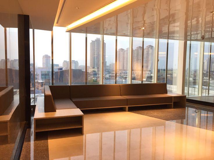 Waiting Room Lobby I Sarana Steel Office Interior DesignWaiting
