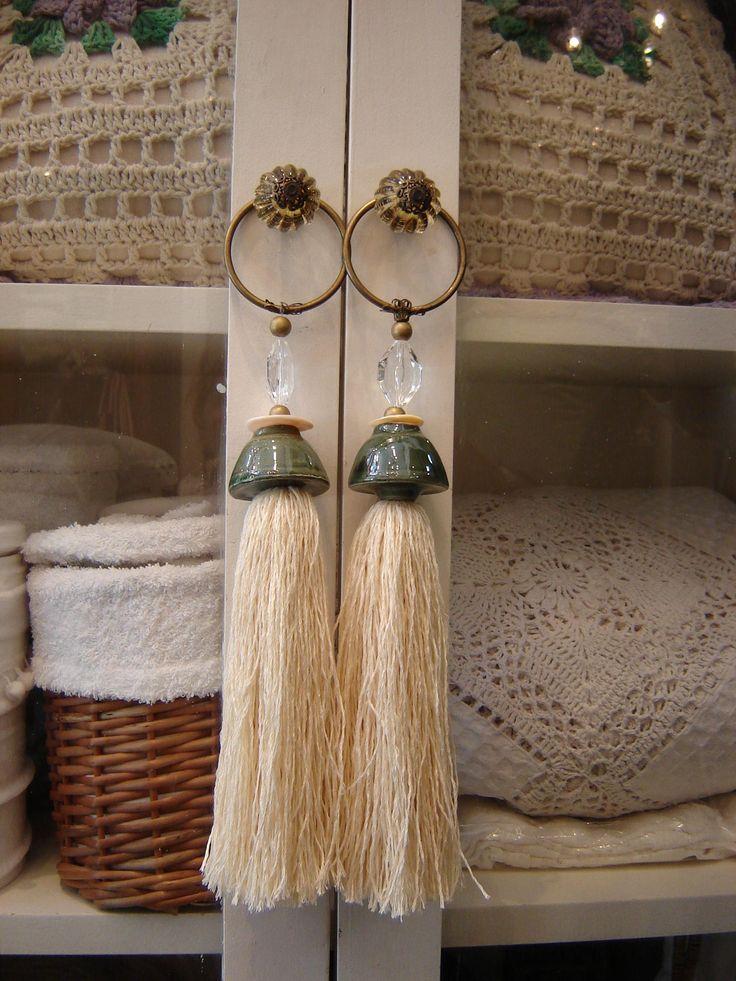 Borlas decorativas, $125 en http://ofeliafeliz.com.ar