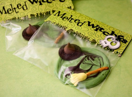 melted witch chocolates-wizard of oz partyCookies, Food Gift, Melted Witches, Wax Melted, Halloween Foods, Wizards Of Oz, Hershey Kisses, Halloween Treats, Halloween Favors