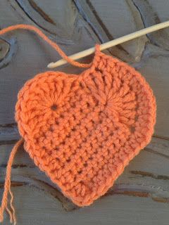 Annoo's Crochet World: Heart Crochet Ornament Free Pattern
