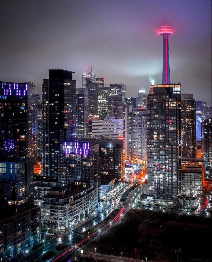 """5,819 Likes, 23 Comments - Toronto (@hypetoronto) on Instagram: """"Fogged up . (: @mindz.eye) #hypetoronto"""""""