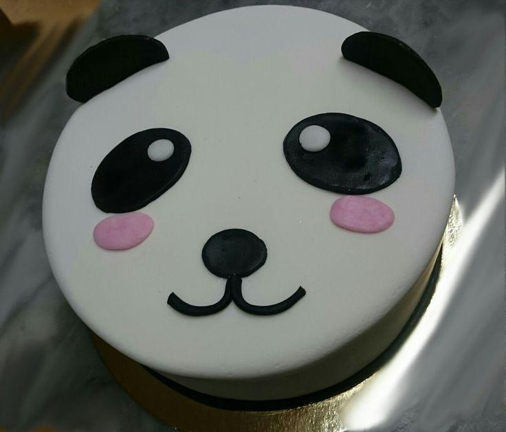Málna töltésű 8szeletes torta 🎂 panda 🐼 frofil
