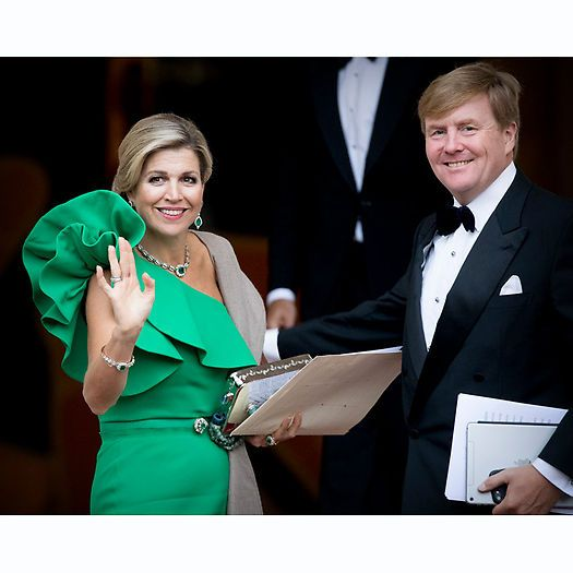 The Dutch Queen certainly brought the wow factor in her one-shouldered Lanvin dress to the gala dinner held for the Council of State at Noordeinde Palace in The Hague on September 13. Photo: Getty Images