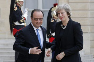 Theresa May scores first victory as she secures France's agreement to keep border controls in Calais May and Francois Hollande have agreed to keep the status quo despite the UK's Brexit from the EU.