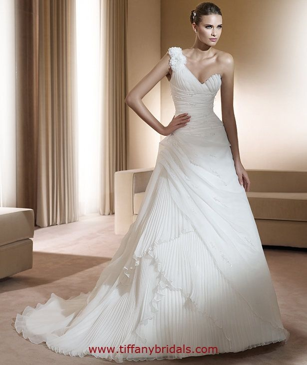Ovias Wedding Dresses Style Frontera