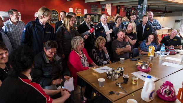 Prime Minister John Key speaks to members of the Kaikoura business community.
