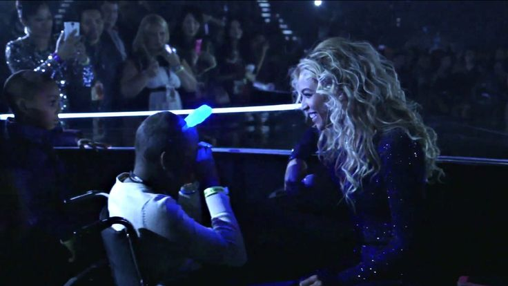 Taylon Davis, a 12-year-old girl with an inoperable brain tumor, had one final wish. She wanted to dance with Beyonce. Watch the wish come true.