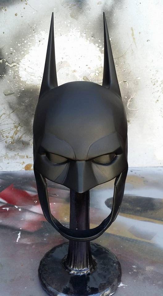1:1 caballero Arkham Batman capucha v8.04
