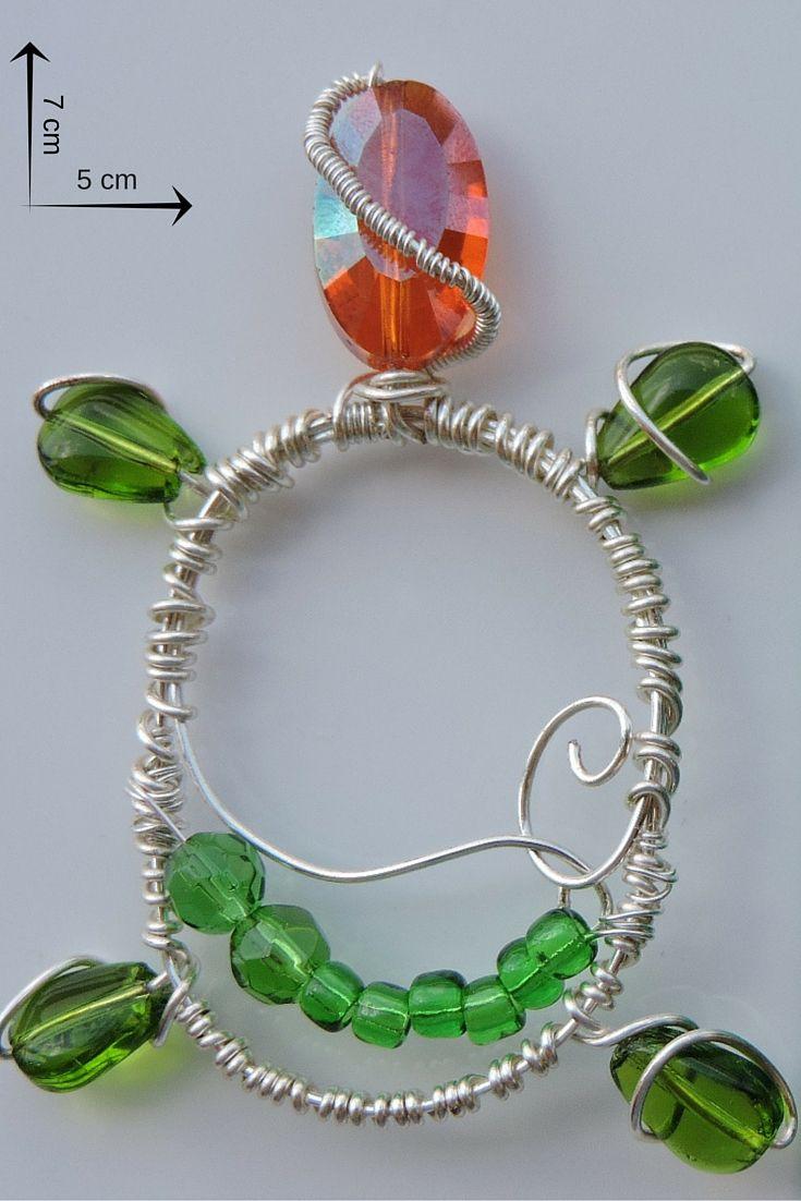 bijuterie artizanală pandantiv broască țestoasă din sârmă de cupru placată cu argint și mărgele de sticlă