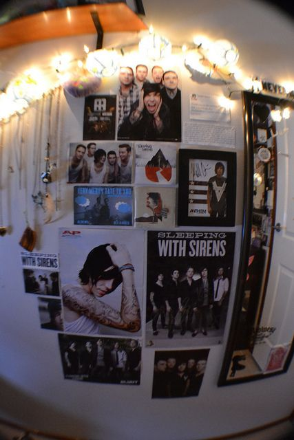 Best 25 Emo Room Ideas On Pinterest Emo Bedroom Grunge