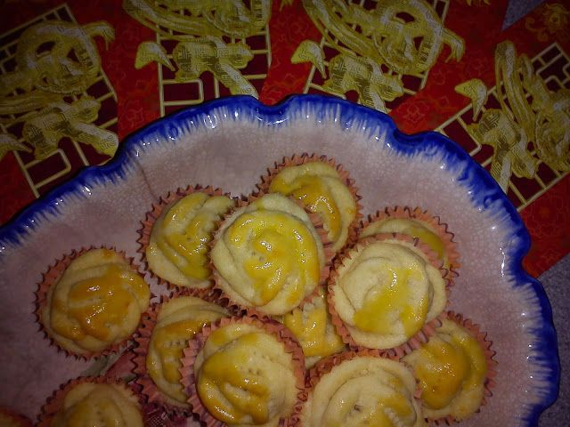 Cooking Pleasure: CNY 2017 - BUTTERY ROSE SHAPE PINEAPPLE TARTS