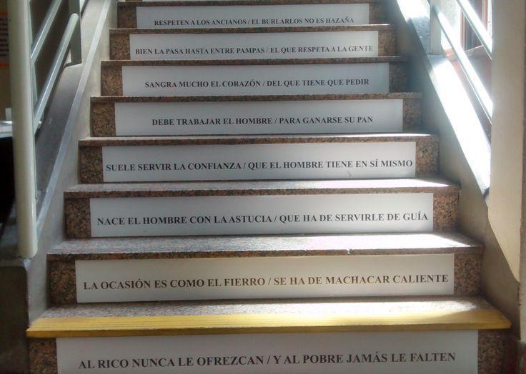 Inauguramos la escalera del nivel secundario con versos del Martín Fierro. Propuesta de trabajo de 5° año Prof. Anabel Diez