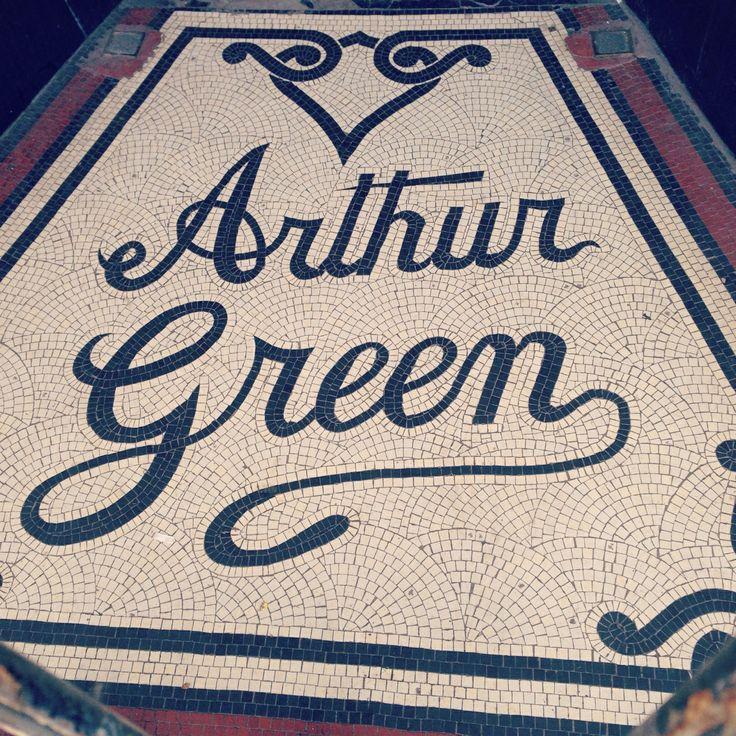Mozaïekvloeren raak ik nooit beu. Vrolijke letters in Hastings. (127/365)  I'll never grow tired of mosaic floors. Joyful letters in H...