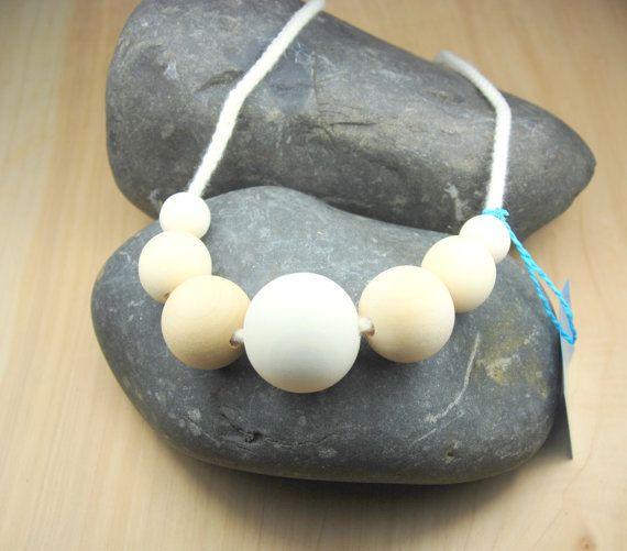Nursing Necklace, Teething Necklace, teething jewlery, Babywearing, Breasfeeding necklace, Teething beads, chewable necklace,mom necklace #babyfashion #babyshower