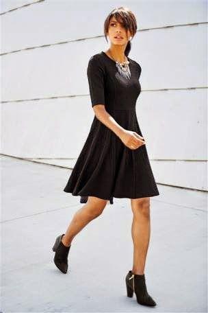 METAPHOR STYLE: Nemuritoarea rochie neagra sau pentru cunoscatori,...