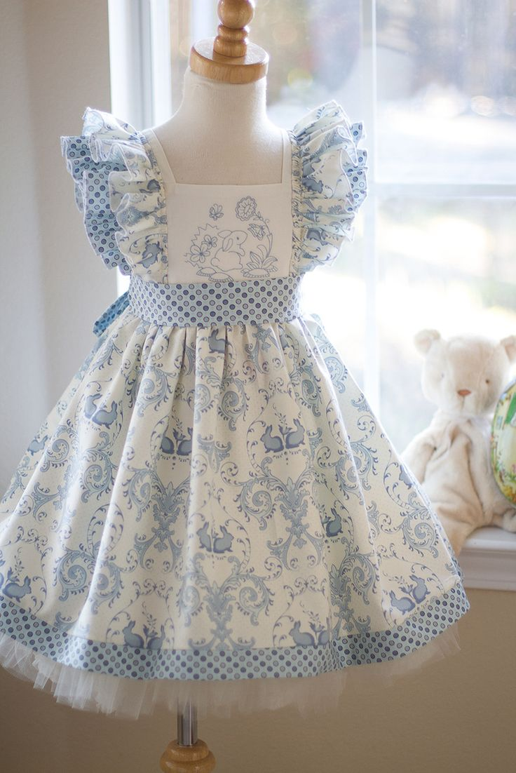 Looks like a version of the Cottage Mama's Georgia Vintage April Dress - Kinder Kouture