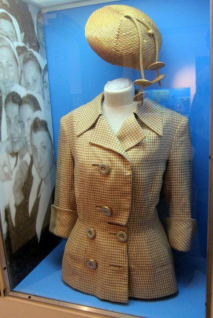 Eva Peron Outfit
