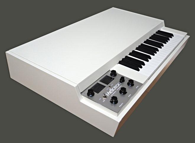 M-4000 Digital Mellotron.