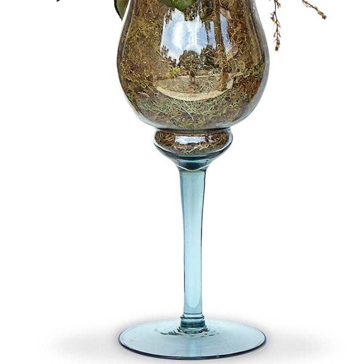 Arranjos de flores artificiais mistas na taça de vidro, flores em seda importada com corte a laser.É uma composição Sofisticada e romântica.Vamos decorar a casa,escritório e etc, com este lindo acessório decorativo ?O Arranjo artificial de flores mistas na taça de vidro pode ser levado a mesa sem interferir no cheiro da comida. Excelente para os alérgicos.Incontestável em durabilidade comparada a natural.Este projeto também fica lindo em uma mesa de festa.O valor e as dimensoes são…
